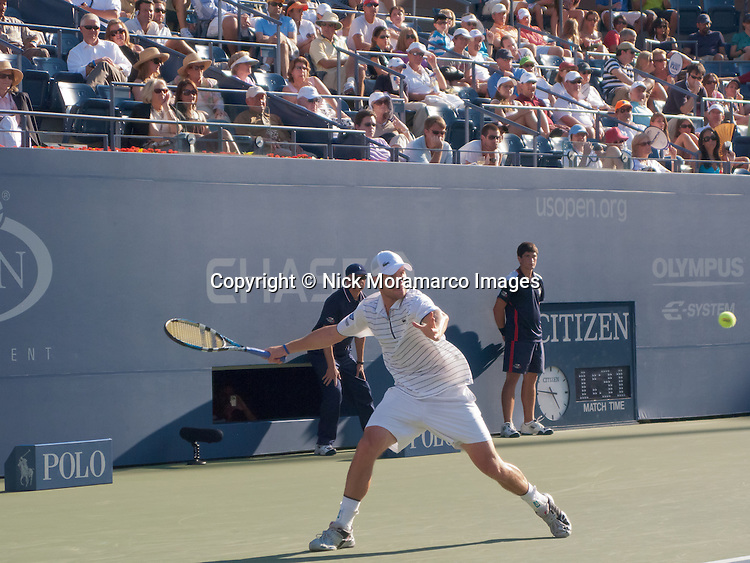 Andy Roddick - Eye on the ball - US Open 2008 -Flushing Meadow Park, NY