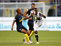 Calcio, Serie A: Inter vs Juventus. Milano, stadio San Siro, 18 settembre 2016.<br /> Juventus&rsquo; Kwadwo Asamoah, right, is challenged by Inter's Miranda during the Italian Serie A football match between FC Inter and Juventus at Milan's San Siro stadium, 18 September 2016.<br /> UPDATE IMAGES PRESS/Isabella Bonotto