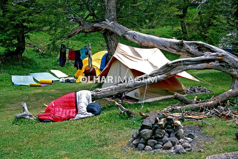 Acampamento na Patagônia Argentina. 2000. Foto de Vinícius Romanini.