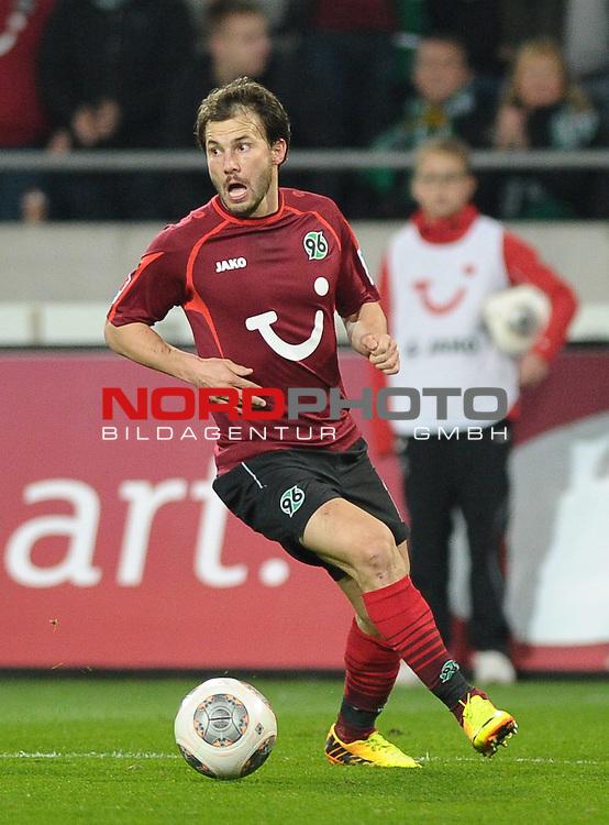 08.11.2013, HDI Arena, Hannover, GER, 1.FBL, Hannover 96 vs Eintracht Braunschweig, im Bild Szabolcs Huszti (Hannover #10)<br /> <br /> Foto &copy; nph / Frisch