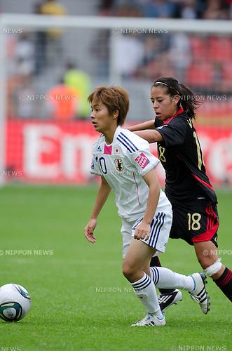 Mana Iwabuchi (JPN), JULY 1, 2011 - Football : FIFA Women's World Cup Germany 2011 Group B match between Japan 4-0 Mexico at BayArena in Leverkusen, Germany. (Photo by Maurizio Borsari/AFLO) [0855]