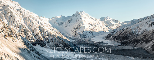 Tasman Glacier as seen from Ball Ridge in morning with De la Beche 2950m in background, Aoraki, Mt. Cook National Park, UNESCO World Heritage Area, Mackenzie Country, Canterbury, South Island, New Zealand, NZ
