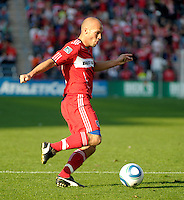 Chicago midfielder Freddie Ljungberg (8) sends in a cross.  The Chicago Fire tied DC United 0-0 at Toyota Park in Bridgeview, IL on Oct. 16, 2010.