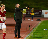 20180228 - LARNACA , CYPRUS : Austrian head coach Dominik Thalhammer pictured during a women's soccer game between Spain and Austria , on wednesday 28 February 2018 at GSZ Stadium in Larnaca , Cyprus . This is the first game in group B for Spain and Austria during the Cyprus Womens Cup , a prestigious women soccer tournament as a preparation on the World Cup 2019 qualification duels. PHOTO SPORTPIX.BE | DAVID CATRY