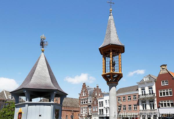 Nederland  Den Bosch  2016 . het Puthuis en het Mariakapelletje op de Markt in Den Bosch. Foto  Berlinda van Dam / Hollandse Hoogte