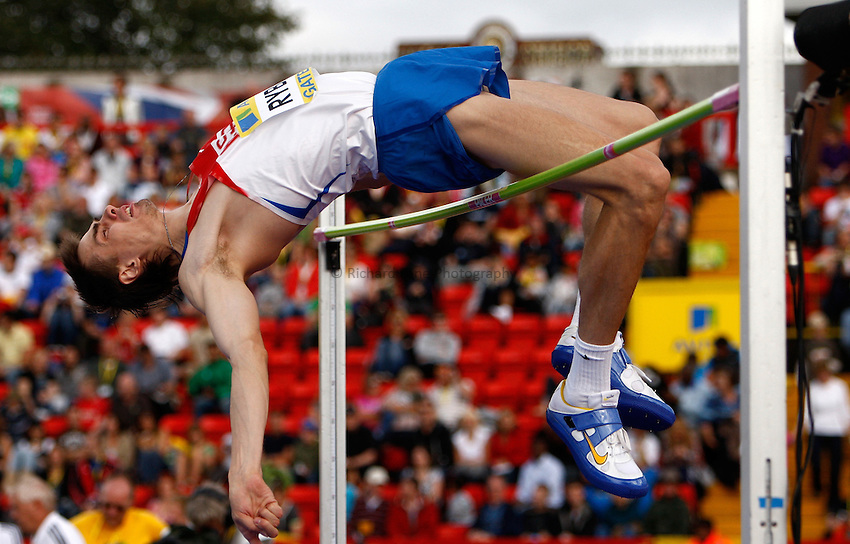 Photo: Richard Lane/Richard Lane Photography..Aviva British Grand Prix. 31/08/2009. Russia's Yaroslav Rybakov in the men's high jump.