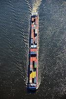 Binnenschiff der Boerde Container Feeder auf der Elbe: EUROPA, DEUTSCHLAND, HAMBURG, (EUROPE, GERMANY), 23.02.2014: Binnenschiff der Boerde Container Feeder auf der Elbe