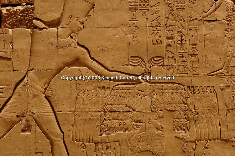 Hatshepsut; Egypt; New Kingdom; 18th dynasty; Thutmosos III; Karnak Temple; seventh pylon