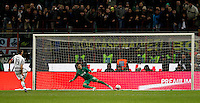 Calcio, Coppa Italia: semifinale di ritorno Inter vs Juventus. Milano, stadio San Siro, 2 marzo 2016. <br /> Juventus&rsquo; Leonardo Bonucci, left, scores the winning goal on a penalty shootout against FC Inter&rsquo;s goalkeeper Samir Handanovic during the Italian Cup second leg semifinal football match between Inter and Juventus at Milan's San Siro stadium, 2 March 2016.<br /> UPDATE IMAGES PRESS/Isabella Bonotto