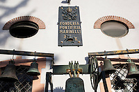 Agnone (CB): la fonderia Marinelli produce campane dal 1300 ed &egrave; la pi&ugrave; antica fonderia di campane al mondo oltre ad essere l'azienda pi&ugrave; longeva d'Europa e la terza nel mondo.<br /> Tutto viene prodotto a mano come 700 anni fa.<br /> Nel 1924 Papa Pio X confer&igrave; alla famiglia Marinelli l'onore di avvalersi dello stemma pontifico.<br /> <br /> <br /> <br /> Agnone (CB): the Marinelli foundry produces bells since 1300 and is the oldest bell foundry in the world as well as being the longest running company in Europe and the third largest in the world.<br /> Everything is made by hand just like 700 years ago.<br /> In 1924 Pope Pius X gave to the Marinelli the honor to use of the Pontifical emblem.