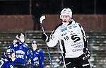 Uppsala 2015-02-04 Bandy Elitserien IK Sirius - Sandvikens AIK :  <br /> Sandvikens Patrik Nilsson fira sitt 1-0 m&aring;l under matchen mellan IK Sirius och Sandvikens AIK <br /> (Foto: Kenta J&ouml;nsson) Nyckelord:  Bandy Elitserien Uppsala Studenternas IP IK Sirius IKS Sandviken SAIK jubel gl&auml;dje lycka glad happy