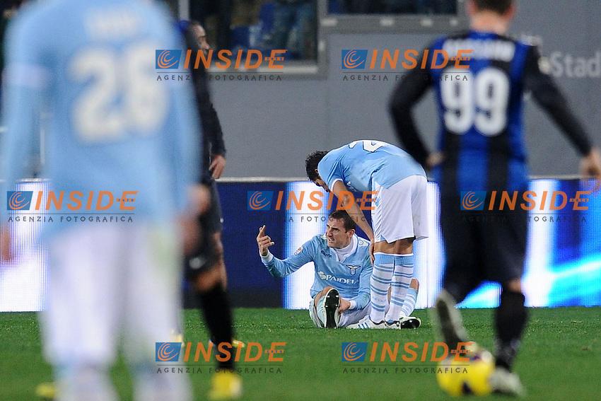 Infortunio di Miroslav Klose Lazio.15/12/2012 Roma.Stadio Olimpico.Football Calcio 2012 / 2013 .Campionato di Calcio Serie A.Lazio vs Inter.Foto Insidefoto / Antonietta Baldassarre.