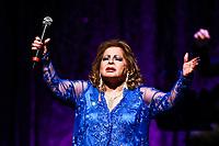 ***ATENCAO EDITOR FOTO ARQUIVO *** Morre a cantora Angela Maria aos 89 anos<br /> Internada havia mais de um m&ecirc;s na cidade de Sao Paulo e n&atilde;o resistiu a uma infec&ccedil;&atilde;o generalizada neste domingo 30. (Foto: Vanessa Carvalho/Brazil Photo Press) *** ATENCAO EDITOR FOTO ARQUIVO ***<br /> <br /> S&Atilde;O PAULO,SP, 25.10.2015 - SHOW-SP - Cauby Peixoto e Angela Maria durante o show &ldquo;120 anos de m&uacute;sica&rdquo; no teatro Bradesco na oeste da cidade de S&atilde;o Paulo na noite de ontem s&aacute;bado, 25. (Foto: Vanessa Carvalho/Brazil Photo Press)