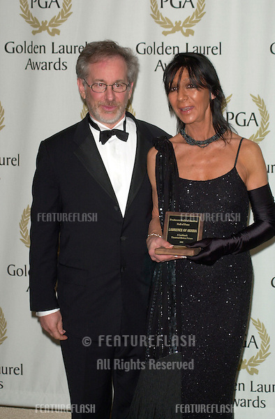 Director STEVEN SPIELBERG who presented the Hall of Fame Award for Lawrence of Arabia to LADY LEAN, widow of David Lean, at the Producers Guild of America's 12th Annual Golden Laurel Awards in Los Angeles..03MAR2001.   © Paul Smith/Featureflash