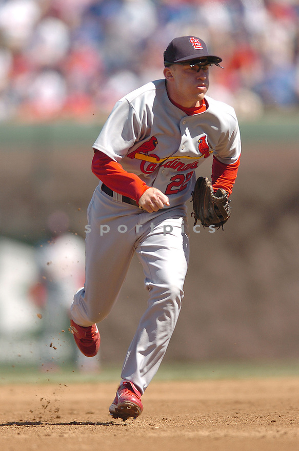 DAVID ECKSTEIN, of the  St. Louis Cardinals, in action during the Cardinals game against the Chicago Cubs in Chicago, IL, on April 20,  2007...Cardinals  win 2-1...DAVID DUROCHIK / SPORTPICS.