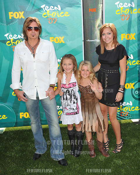 Billy Ray Cyrus, Noah Cyrus, Emily Grace Reaves & Brandi Cyrus at the 2009 Teen Choice Awards at the Gibson Amphitheatre Universal City..August 9, 2009  Los Angeles, CA.Picture: Paul Smith / Featureflash
