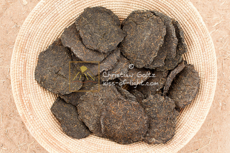 Omavanda (Dried wild spinach)<br /> Formed in a hand-like shape. They are prepared as a sauce and mostly served with porridge. It is believed in Oshivambo tradition that a home is not a home if there is no omavanda.