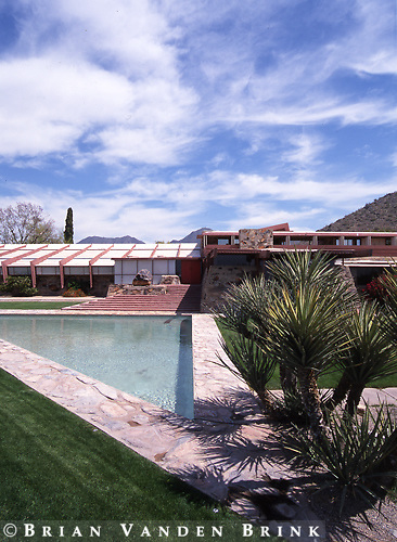 Design: Frank Lloyd Wright, Architect