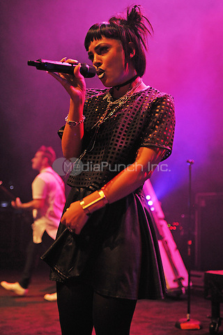 MIAMI BEACH, FL - NOVEMBER 13: Deena Jakoub of Veridia performs at the Fillmore on November 13, 2016 in Miami Beach, Florida. Credit: mpi04/MediaPunch