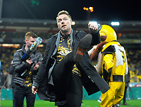 Ronan Keating kicks a t-shirt into the crowd during the Super Rugby match between the Hurricanes and Chiefs at Westpac Stadium in Wellington, New Zealand on Friday, 9 June 2017. Photo: Dave Lintott / lintottphoto.co.nz
