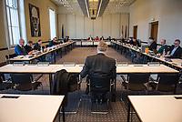 """9. Sitzung des 2. Untersuchungsausschusses <br /> der 18. Wahlperiode des Berliner Abgeordnetenhaus - """"BER II"""" - am Freitag den 15. Februar 2019.<br /> Der Ausschuss soll die Ursachen, Konsequenzen und Verantwortung fuer die Kosten- und Terminueberschreitungen des im Bau befindlichen Flughafens """"Berlin Brandenburg Willy Brandt"""" aufklaeren.<br /> Als oeffentlicher Tagesordnungspunkt war die Beweiserhebung durch Vernehmung des Zeugen Joerg Marks vorgesehen. Marks war von 2014 bis Anfang 2017 und von Maerz 2017 bis April 2018 BER-Technikchef.<br /> Im Bild: Joerg Marks vor dem Untersuchungsausschuss.<br /> 15.2.2019, Berlin<br /> Copyright: Christian-Ditsch.de<br /> [Inhaltsveraendernde Manipulation des Fotos nur nach ausdruecklicher Genehmigung des Fotografen. Vereinbarungen ueber Abtretung von Persoenlichkeitsrechten/Model Release der abgebildeten Person/Personen liegen nicht vor. NO MODEL RELEASE! Nur fuer Redaktionelle Zwecke. Don't publish without copyright Christian-Ditsch.de, Veroeffentlichung nur mit Fotografennennung, sowie gegen Honorar, MwSt. und Beleg. Konto: I N G - D i B a, IBAN DE58500105175400192269, BIC INGDDEFFXXX, Kontakt: post@christian-ditsch.de<br /> Bei der Bearbeitung der Dateiinformationen darf die Urheberkennzeichnung in den EXIF- und  IPTC-Daten nicht entfernt werden, diese sind in digitalen Medien nach §95c UrhG rechtlich geschuetzt. Der Urhebervermerk wird gemaess §13 UrhG verlangt.]"""