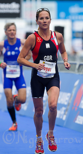 11 SEP 2013 - LONDON, GBR - Annie Emmerson (GBR) of Great Britain during the run at the 2013 ITU World Aquathlon Championships in Hyde Park in London, Great Britain (PHOTO COPYRIGHT © 2013 NIGEL FARROW, ALL RIGHTS RESERVED)