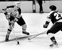 Seals Gary Croteau against the North Stars <br />