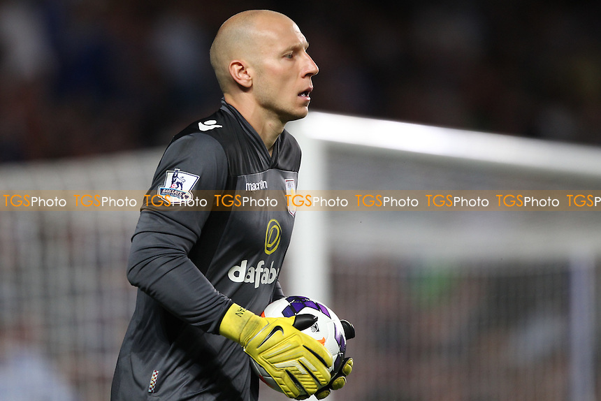 Brad Guzan of Aston Villa - Chelsea vs Aston Villa - Barclays Premier League Football at Stamford Bridge, Fulham Road, London - 21/08/13 - MANDATORY CREDIT: Simon Roe/TGSPHOTO - Self billing applies where appropriate - 0845 094 6026 - contact@tgsphoto.co.uk - NO UNPAID USE