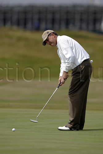 15 July 2004: American golfer Jay Haas (USA) putts on the 4th green during the first round of The Open Championship played at Royal Troon, Scotland. Photo: Glyn Kirk/Action Plus...golf putt putting putter  040715.British