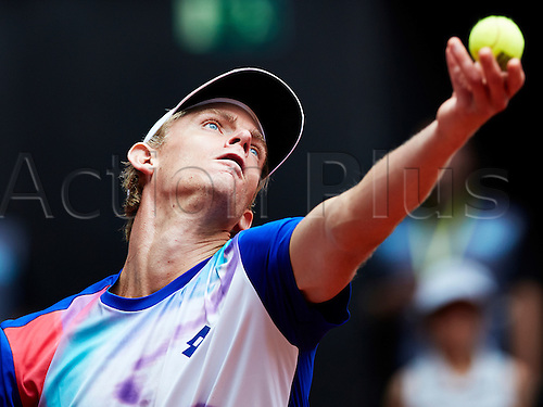 07.05.2014 Madrid, Spain. Kevin Anderson of RSA serves during the game with Tomas Berdych of Czech Republic on day 4 of the Madrid Open from La Caja Magica.