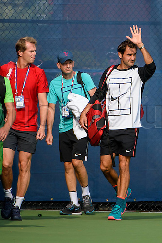 31.08.2015. New York, NY, USA.  Roger Federer (SUI) and Stefan Edberg during practice at the 2015 U.S. Open Tennis Championships at the USTA Billie Jean King National Tennis Center in Flushing, Queens, New York, USA.