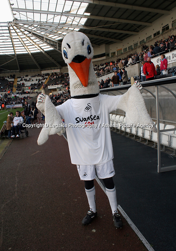 Pictured:<br /> Re: Coca Cola Championship, Swansea City FC v Sheffield United at the Liberty Stadium. Swansea, south Wales, Saturday 13 December 2008.<br /> Picture by D Legakis Photography / Athena Picture Agency, Swansea 07815441513