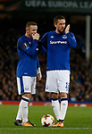 Wayne Rooney of Everton and Gylfi Sigurdsson of Everton plot during the Europa League Group E match at Goodison Park Stadium, Liverpool. Picture date: September 28th 2017. Picture credit should read: Simon Bellis/Sportimage
