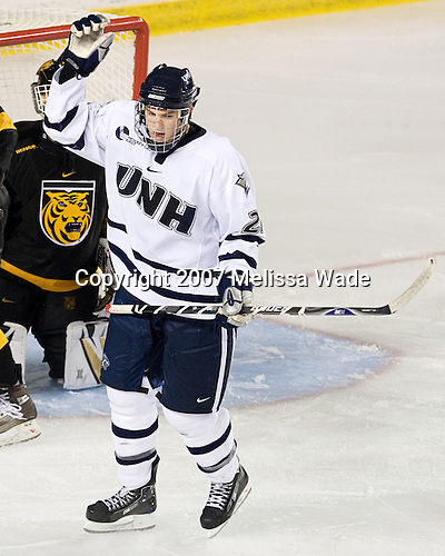 James van Riemsdyk (UNH - 21) - The University of New Hampshire Wildcats defeated the Colorado College Tigers 4-2 on Saturday, October 27, 2007, at the Whittemore Center in Durham, New Hampshire.