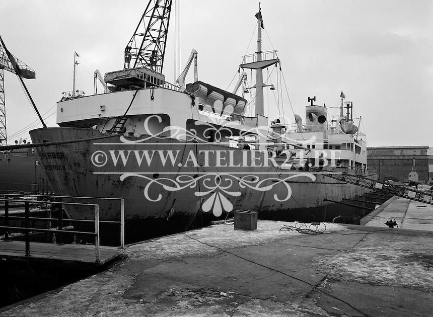 Januari 1963.  Scheepswerf Mercantile Marine Engineering in Antwerpen.  Schip Sperber.