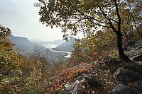 Veduta verso il Lago di Como dal Monte Grigna presso Lecco --- View of Lake Como from the Mount Grigna near Lecco