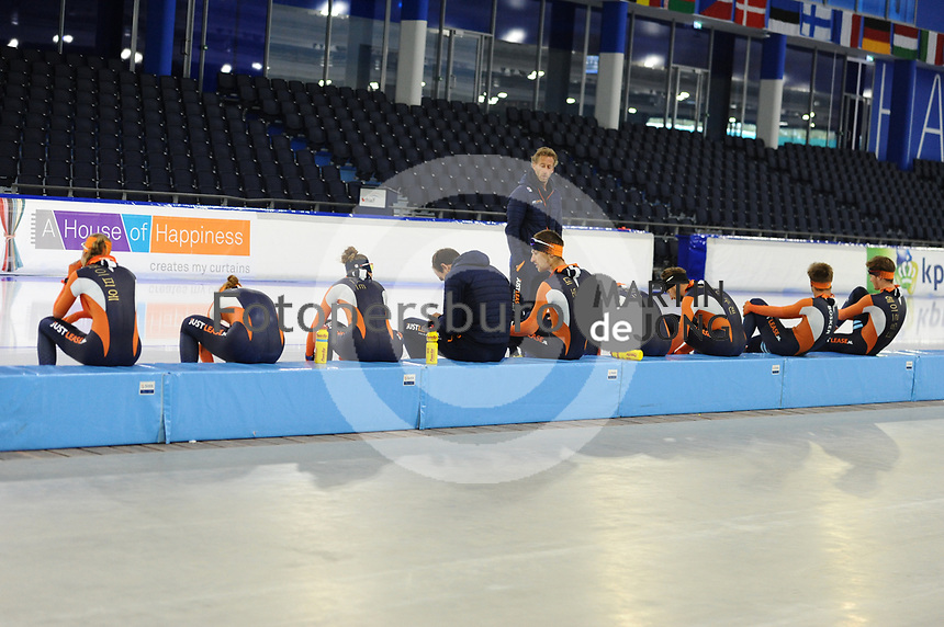 SCHAATSEN: HEERENVEEN: 11-09-2017, IJSSTADION THIALF, Topsporttraining, ©foto Martin de Jong