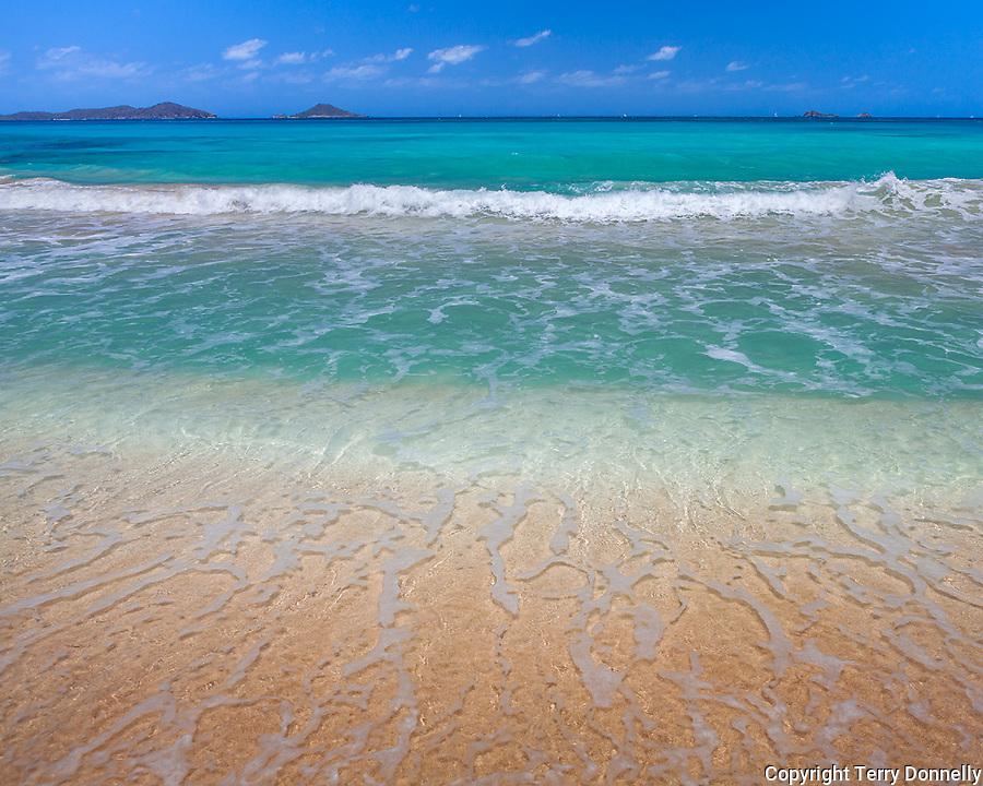 Virgin Gorda, British Virgin Islands, Caribbean <br /> Gentle waves on the shore of Savannah beach