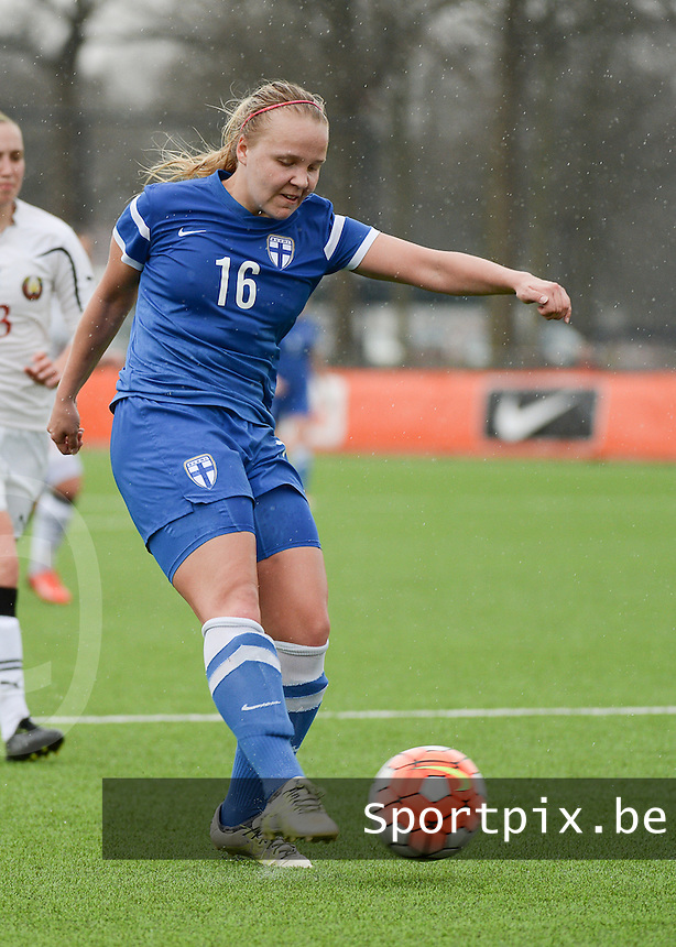 20160405  - Eibergen , NETHERLANDS : Finland's Roosa Maija Broijer pictured during the soccer match between the women under 19 teams of Finland and Belarus , on the first matchday in group 3 of the UEFA Women Under19 Elite rounds in Eibergen , Netherlands. Tuesday 5 th April 2016 . PHOTO DIRK VUYLSTEKE / Sportpix.be