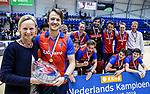 ROTTERDAM  - NK Zaalhockey . finale heren: SCHC-Amsterdam (2-2, SCHC wint shoot-outs) . Daan Dullemeijer (SCHC) met Catrien Zijlstra  (bestuurslid KNHB)  COPYRIGHT KOEN SUYK