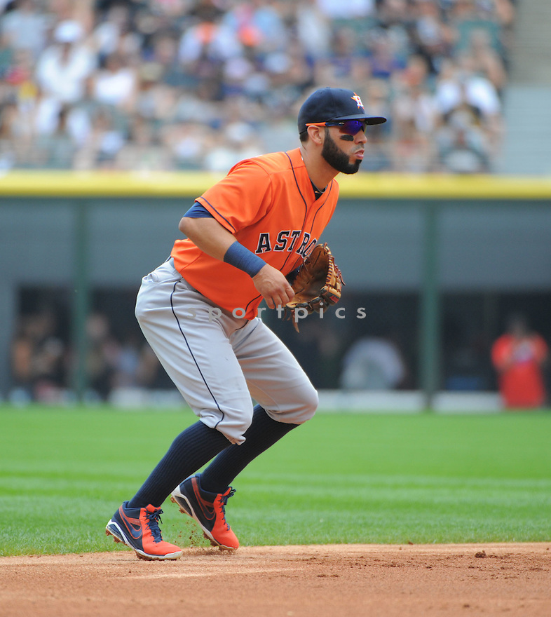 Houston Astros Marwin Gonzalez (9) during a game against the Chicago White Sox on July 20, 2014 at US Cellular Field in Chicago, IL. The Astros beat the White Sox 11-7.