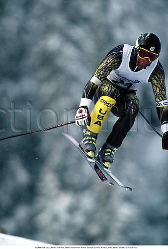 TOMMY MOE (USA), Men's Downhill, 1994 Lillehammer Winter Olympic Games, Norway, 9402. Photo: Glyn Kirk/Action Plus...skiing.1994 .Winter Olympics.winter sport.winter sports.wintersport.wintersports.alpine.ski.skier.man