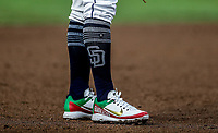 spikes de Christian Villanueva con los colores y la bandera de mexico. <br /> Baseball action during the Los Angeles Dodgers game against San Diego Padres, the second game of the Major League Baseball Series in Mexico, held at the Sultans Stadium in Monterrey, Mexico on Saturday, May 5, 2018 .<br /> (Photo: Luis Gutierrez)<br /> <br /> Acciones del partido de beisbol, durante el encuentro Dodgers de Los Angeles contra Padres de San Diego, segundo juego de la Serie en Mexico de las Ligas Mayores del Beisbol, realizado en el estadio de los Sultanes de Monterrey, Mexico el sabado 5 de Mayo 2018.<br /> (Photo: Luis Gutierrez)