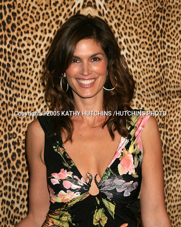 CINDY CRAWFORD.ROBERTO CAVALLI STORE OPENING.BEVERLY HILLS, CA.FEBRUARY 15 , 2005.©2005 KATHY HUTCHINS /HUTCHINS PHOTO.