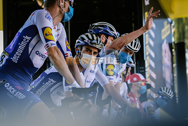 Julian Alaphilippe (FRA) and Deceuninck-Quick Step at sign on before the start of Stage 8 of Tour de France 2020, running 141km from Cazeres-sur-Garonne to Loudenvielle, France. 5th September 2020.<br /> Picture: ASO/Pauline Ballet | Cyclefile<br /> All photos usage must carry mandatory copyright credit (© Cyclefile | ASO/Pauline Ballet)