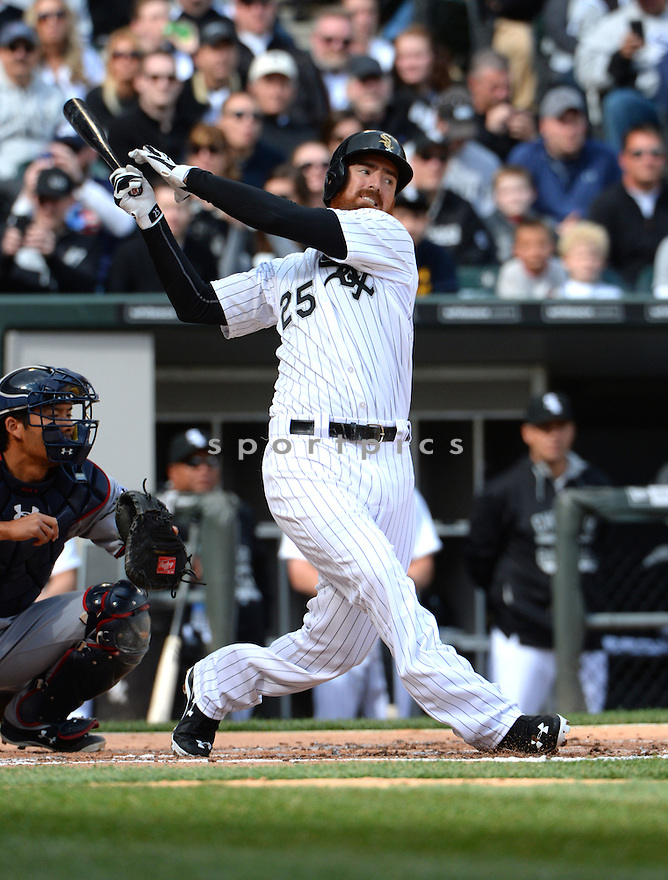 Chicago White Sox Adam Laroche (25) during the White Sox home opener against the Minnesota Twins on April 10, 2015 at US Cellular Field in Chicago, IL. The Twins beat the White Sox 6-0.