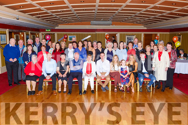Vera O'Connor, Allmans Terrace Killarney celebrated her 70th birthday with her family and friends in the Killarney Avenue Hotel on Saturday night