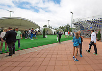 Moscow, Russia, 14 th July, 2016, Tennis,  Davis Cup Russia-Netherlands, Start of the draw outside the stadium<br /> Photo: Henk Koster/tennisimages.com