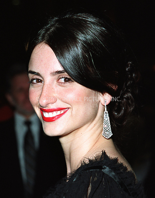"""Penelope Cruz arrives at Cipriani 42nd Street for the the world premiere afterparty of """"Minority Report"""" in New York. June 17, 2002. Please byline: Alecsey Boldeskul/NY Photo Press.   ..*PAY-PER-USE*      ....NY Photo Press:  ..phone (646) 267-6913;   ..e-mail: info@nyphotopress.com"""