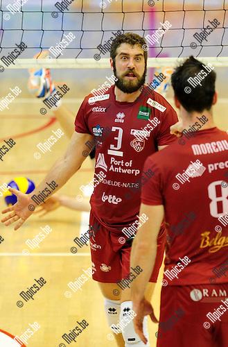 2014-10-29 / Volleybal / seizoen 2014-2015 / Topvolley Antwerpen - Asse-Lennik / Yannick Van Harskamp<br /><br />Foto: mpics.be